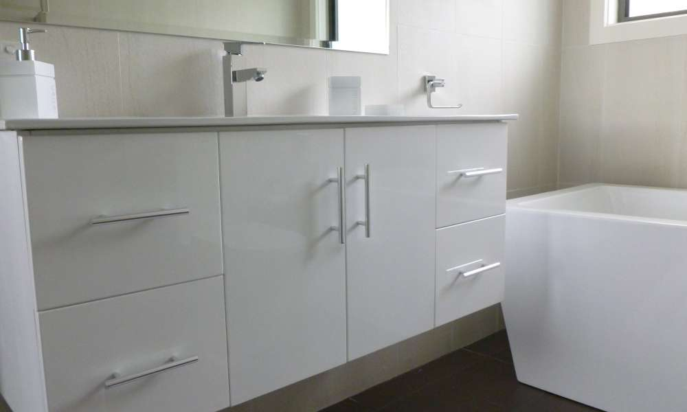 Kreative_Kitchens_Cabinetry_3.JPG